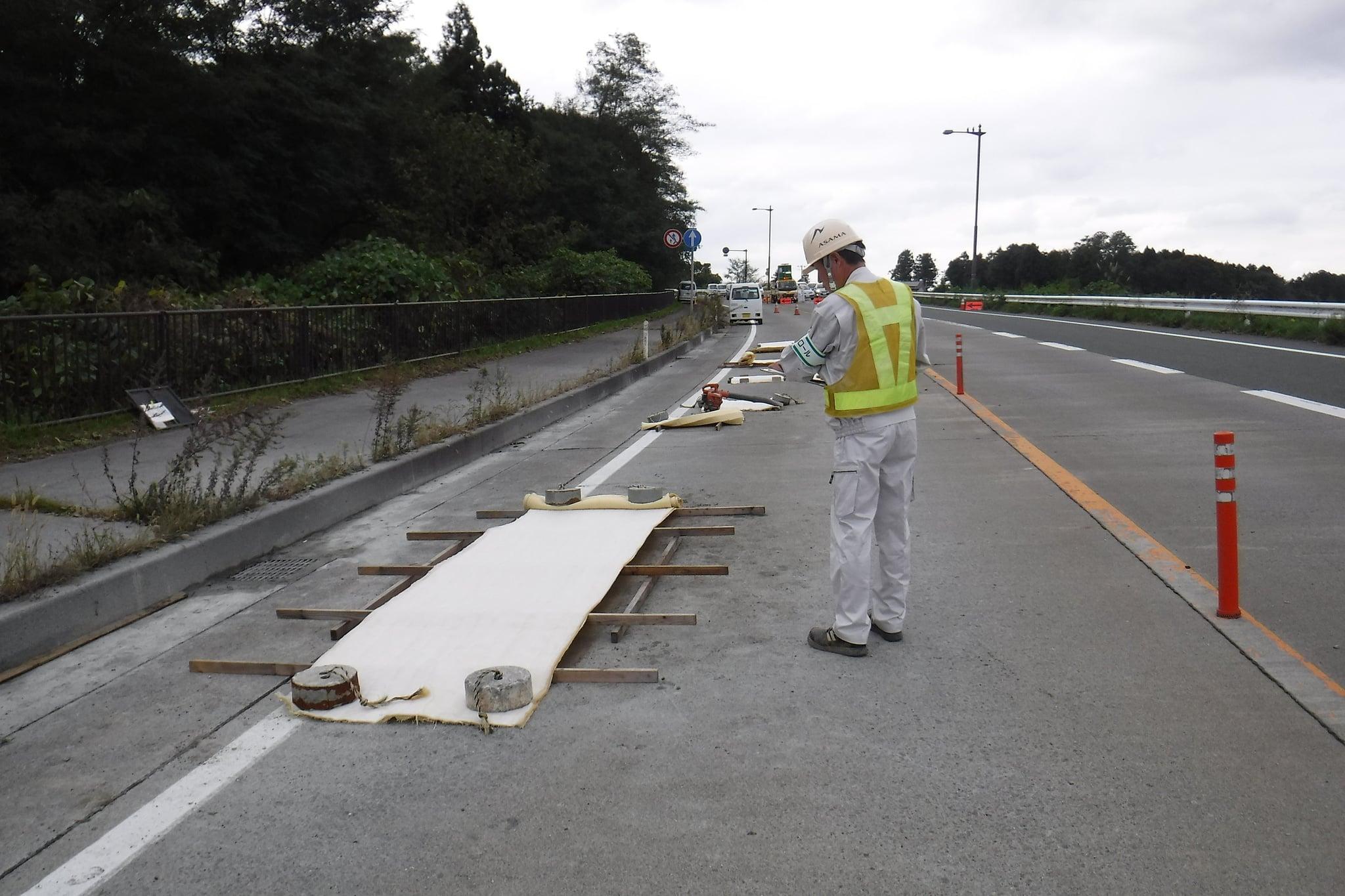 水沢東BPコンクリート版補修